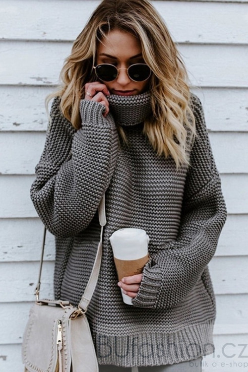 Šedý oversize svetr s rolákem