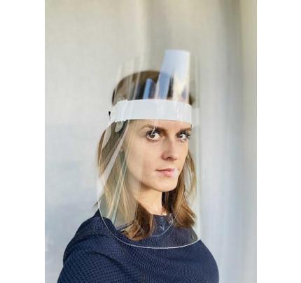 Ochranný štít s nastavitelným obvodem hlavy