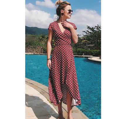 Vínově červené midi šaty s puntíky